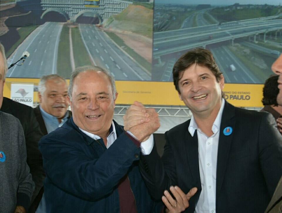 Medida foi apresentada pelo deputado André do Prado e pelo prefeito Abel Larini ao secretário-chefe da Casa Civil, Edson Aparecido