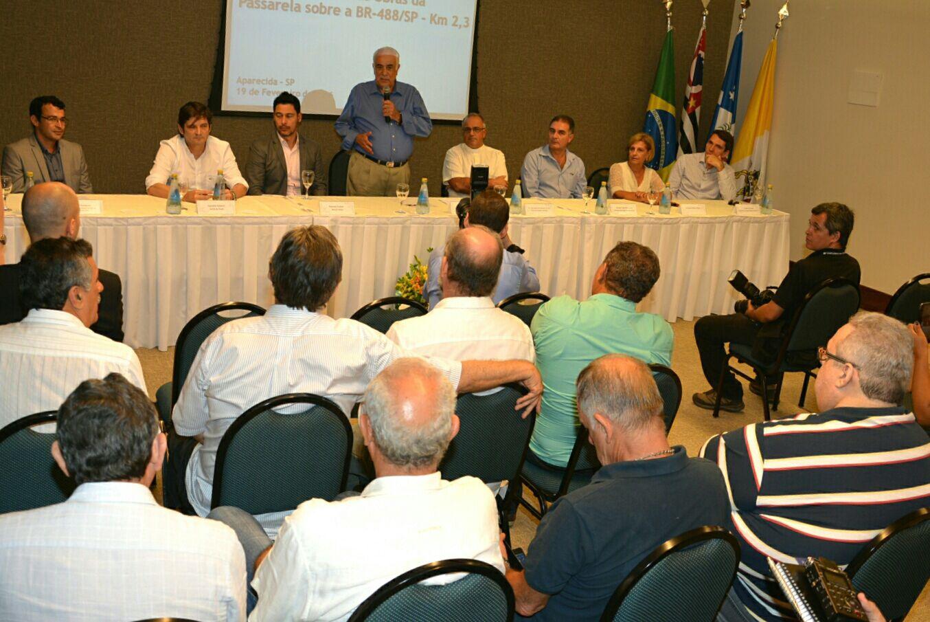 Deputado André do Prado participa do anúncio feito pelo ministro dos Transportes, Antonio Carlos Rodrigues em Aparecida