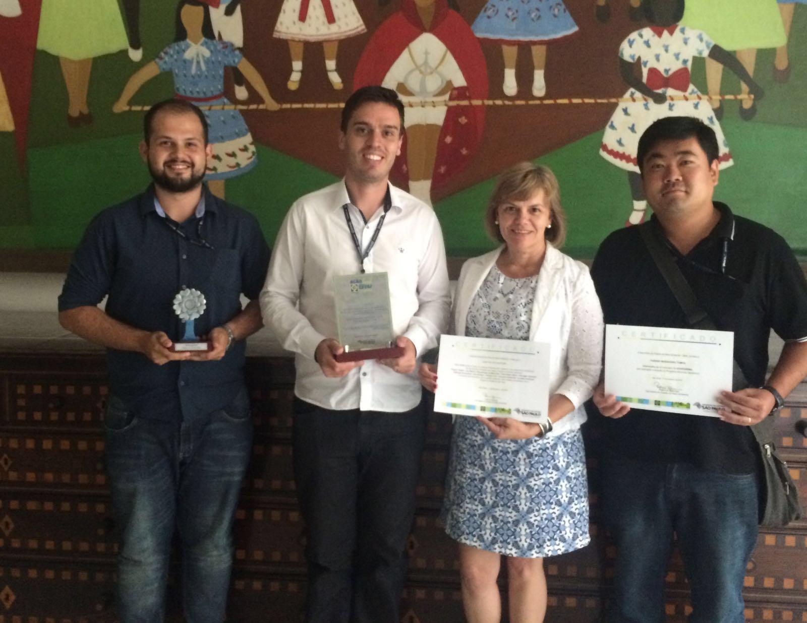 Secretário Municipal de Planejamento e Meio Ambiente, Eduardo Moreira e sua equipe durante a premiação