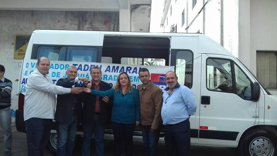 A nova van foi entregue na manhã desta quarta-feira para a população de Juquiá