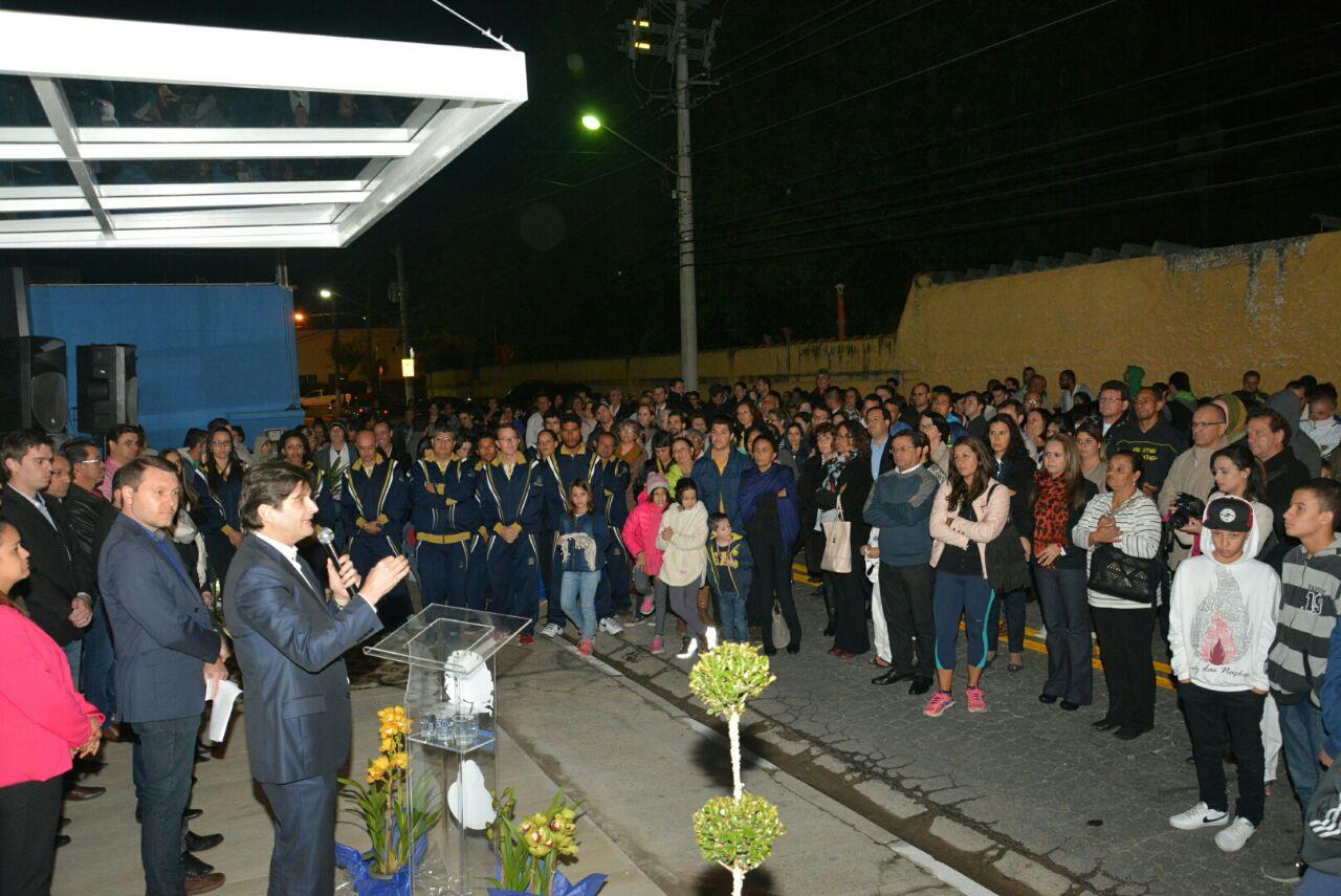 Deputado André discurso durante a entrega do novo espaço da Secretaria de Esportes e Lazer de Guararema
