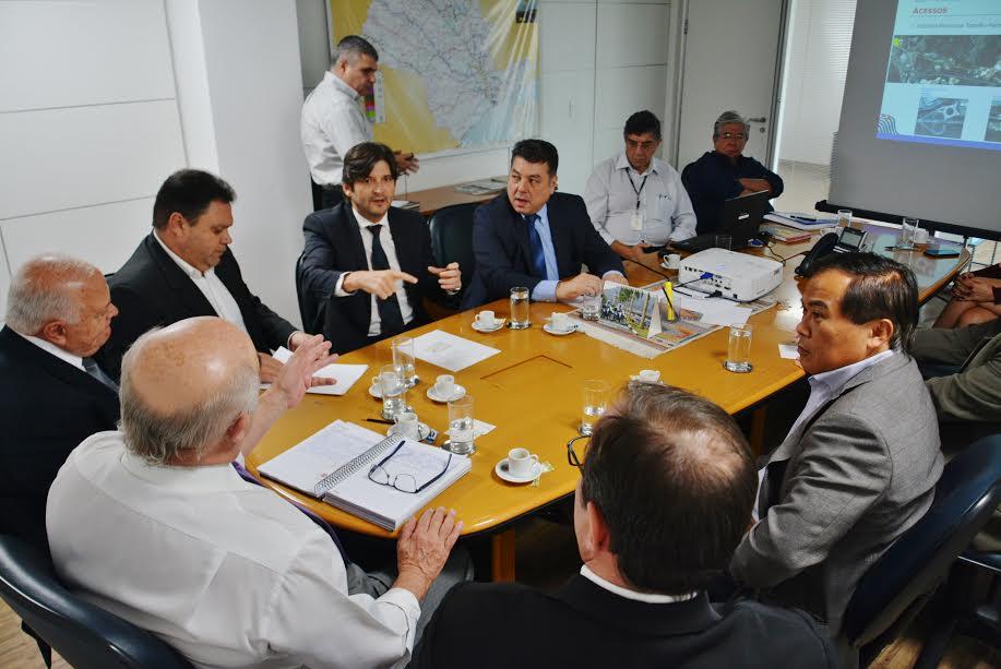 Reunião na Artesp, com os deputados da região, para tratar sobre o acesso do distrito do Taboão