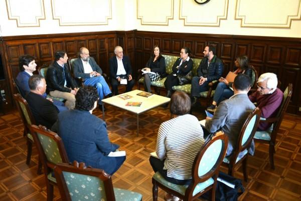 Reunião com o secretário de Cultura, José Luiz Penna, com o prefeito de Pindamonhangaba, Dr. Isael Domingues, e comitiva da cidade para tratar sobre o imóvel da malha ferroviária tombado pelo Condephaat