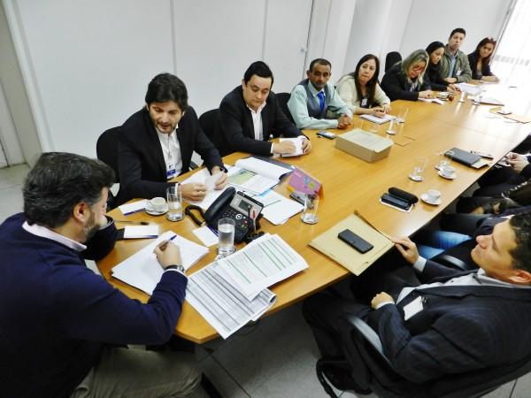 Reunião no FDE, com o presidente João Cury Neto.