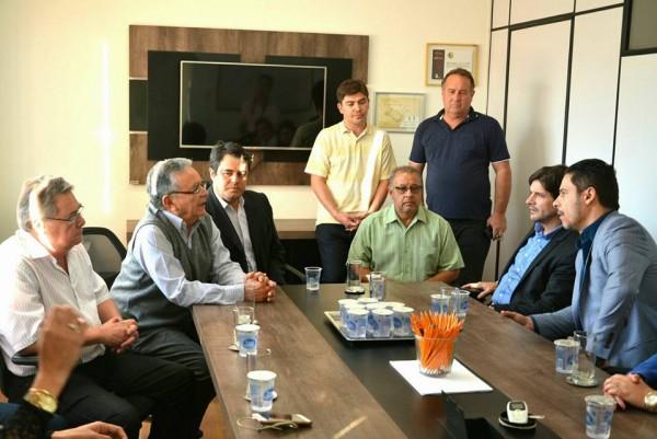 Reunião na Prefeitura com os secretários e os vereadores de Tremembé