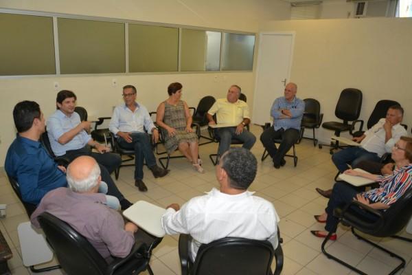 Visita e reunião na Santa Casa de Mogi das Cruzes