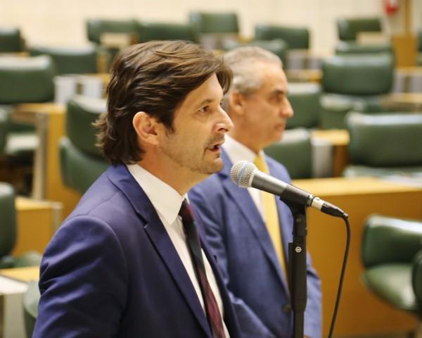 Deputado André do Prado discursa em plenário a respeito dos benefícios da aprovação de Jacupiranga como MIT