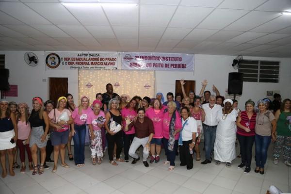 Em visita à AAPPD, deputado André do Prato tratou sobre ganhos da chegada da Carreta da Mamografia a Peruíbe e outras ações para a cidade