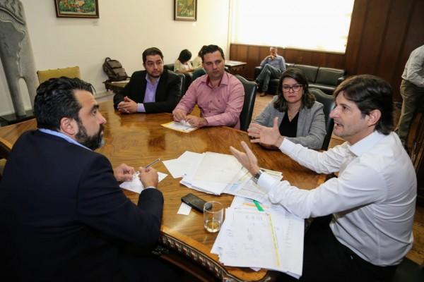 Deputado André do Prado solicita qualificação profissional para o município de Santa Isabel