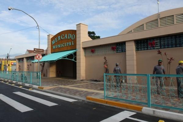 Intermediado pelo deputado André do Prado, o Mercado Municipal de Jacareí será revitalizado              Foto: Prefeitura Municipal de Jacareí
