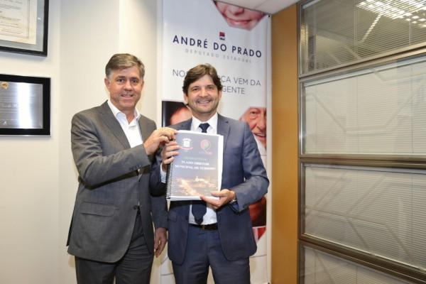 Prefeito Márcio Cardim, de Adamantina