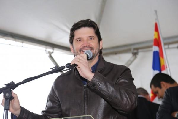 Deputado André do Prado prestigiou a inauguração