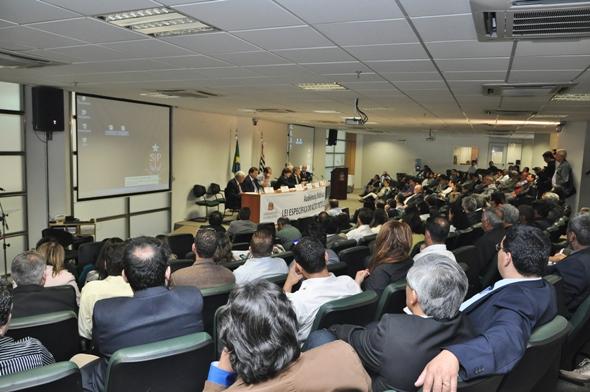 Dep Andre do Prado realiza audiencia publica sobre Lei Especifica do Alto Tiete (6) CABECALHO