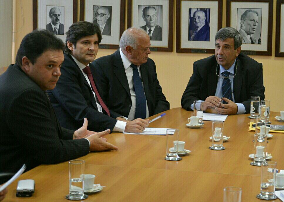 Reunião de representantes do Alto Tietê com secretário-adjunto da Saúde, Wilson Pollara