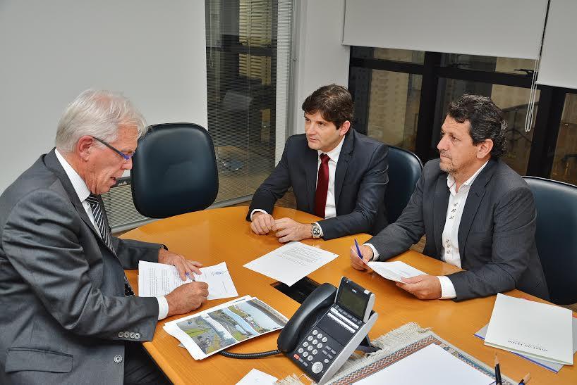 Audiência entre o deputado André do Prado com o vereador Kadu Garçom, junto com o Theodoro Pupo