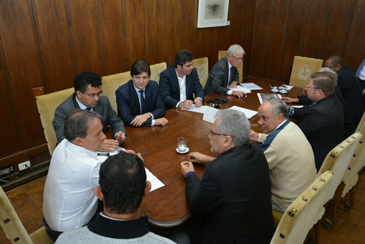 Reunião que o deputado André do Prado participou na Secretaria da Casa Civil.