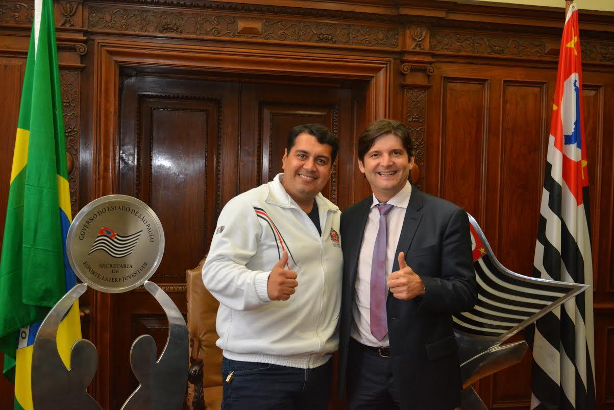 """""""O deputado André do Prado não mede esforços para nos ajudar a buscar os investimentos estaduais que nossa cidade precisa. Obrigado pelo apoio, parceiro"""""""