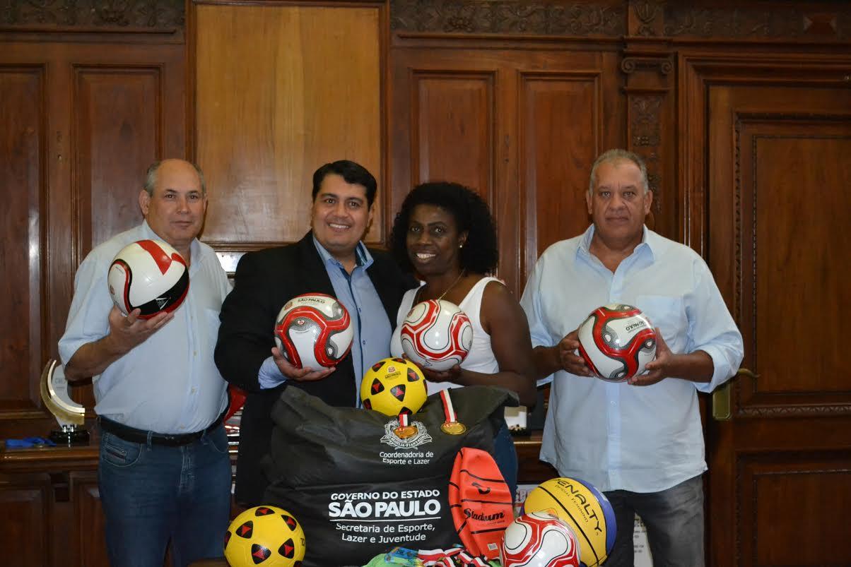Várias demandas esportivas foram apresentadas ao secretário Jean Madeira, durante o encontro
