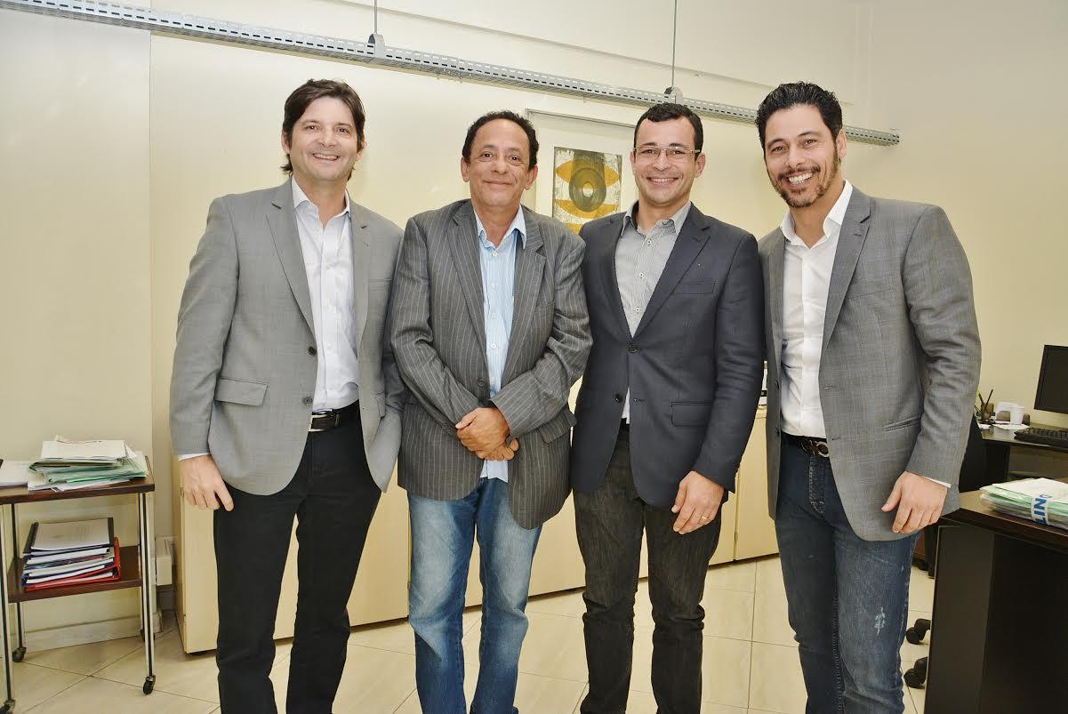 Os deputados André do Prado e Márcio Alvino continuarão acompanhando a tramitação dessas demandas junto ao órgão federal.