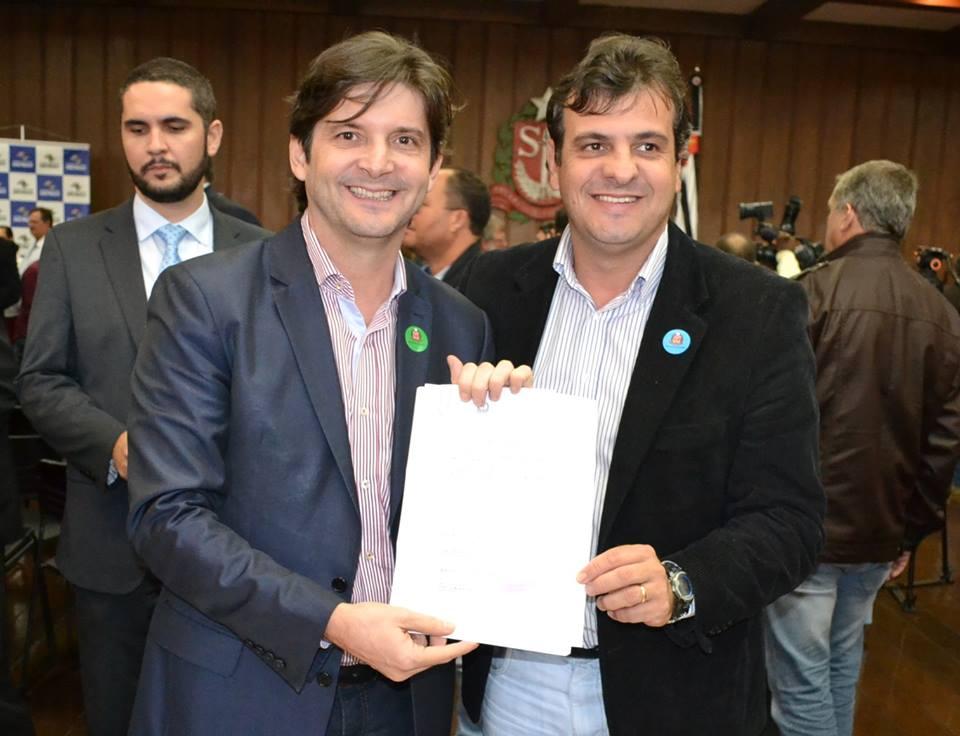 Mais de R$ 292 mil foram liberados para a realização das obras de recapeamento asfáltico das ruas do município
