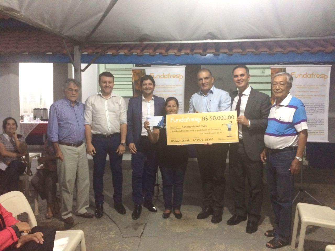 Deputado André do Prado participa da entrega do cheque a entidade em Guararema