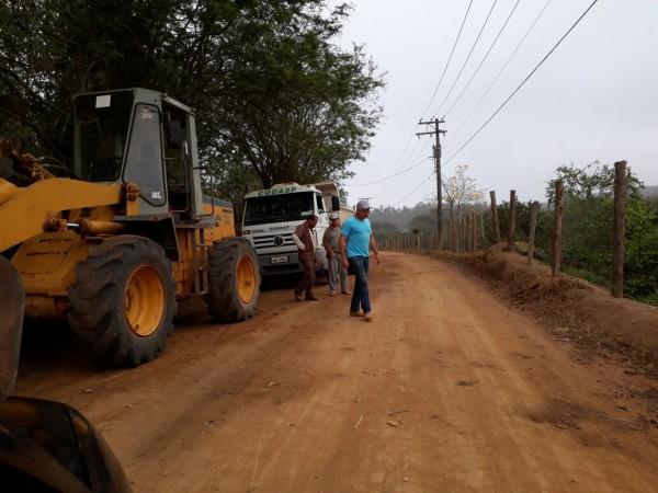 Melhorias nas estrada do Serrote, feito pelo Codasp