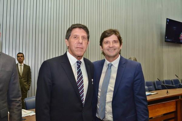 Deputado André do Prado com o secretário de Estado da Saúde, David Uip
