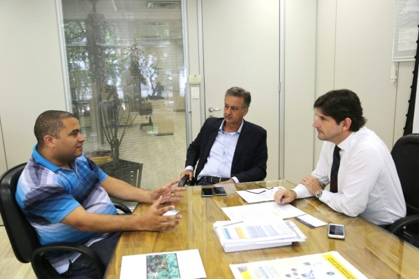Deputado André do Prado participa de reunião na Sabesp