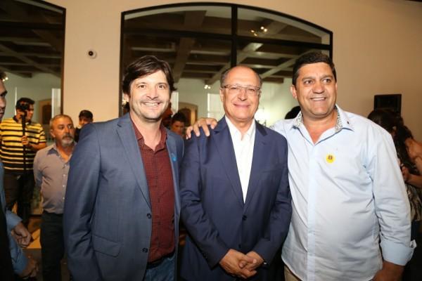 Deputado André do Prado, com o governador Geraldo Alckmin e o prefeito Edinho de Cachoeira Paulista