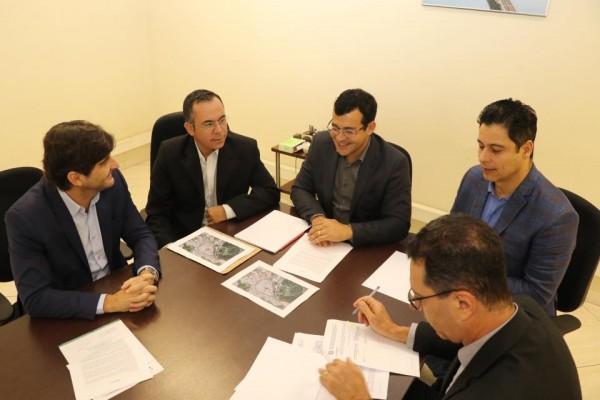 No DNIT, deputados André do Prado e Marcio Alvino tratam de demanda de Itirapina