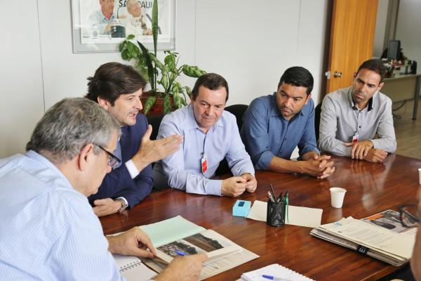 Reunião na Cetesb com os prefeitos de Biritiba Mirim e Salesópolis