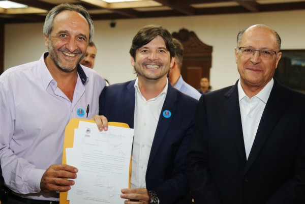 Prefeito Dieb, deputado André do Prado e o governador Geraldo Alckmin