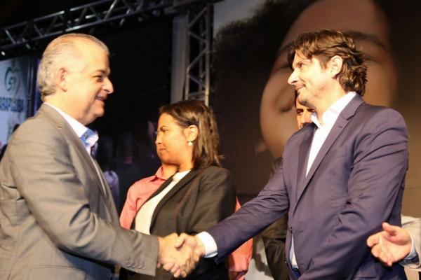 Em solenidade com presença do vice-governador Márcio França, André do Prado anunciou emenda de R$ 200 mil à cidade