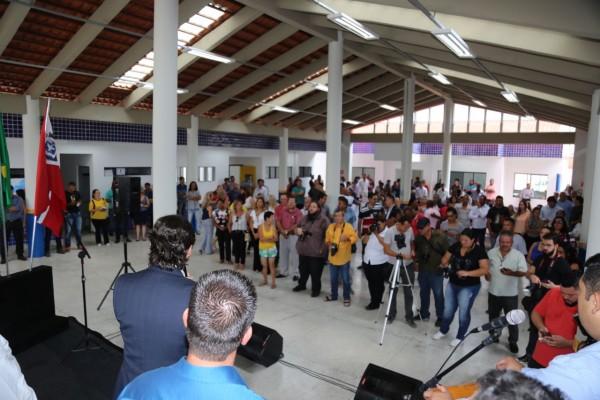 Deputado André do Prado discursa durante inauguração de creche em Suzano