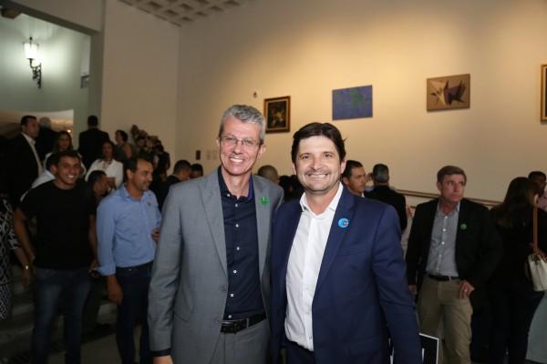 Prefeito Paulo Barufi e deputado André do Prado comemoram conquista da cidade no reforço à educação infantil