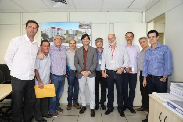 Comitiva de Santa Branca esteve com deputado André do Prado em agenda na CDHU