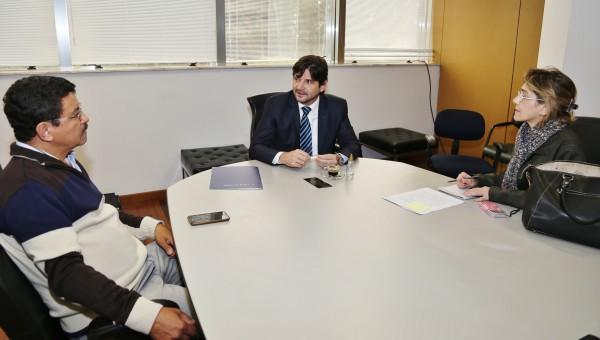Deputado André do Prado reunido com a direção da Associação Brasileira de Podólogos