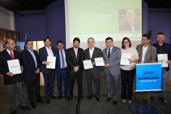 Evento em Guarulhos, contou com a presença do deputado André do Prado, do governador Márcio França e prefeitos da região
