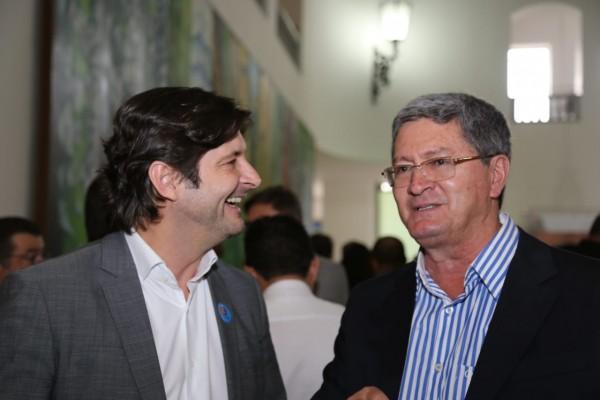 Com a presença do prefeito de Arandu, Luiz Carlos da Costa, foi assinado o convênio polo da Univesp, na cidade
