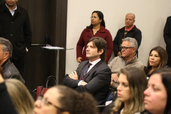 Deputado André do Prado acompanhou a reunião do Condemat, em Mogi das Cruzes
