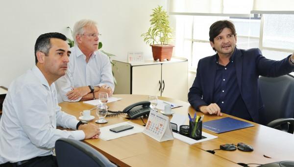 Deputado André do Prado solicita ampliação das linhas da EMTU, para atender os moradores do Conjunto Habitacional do Jardim Emilia