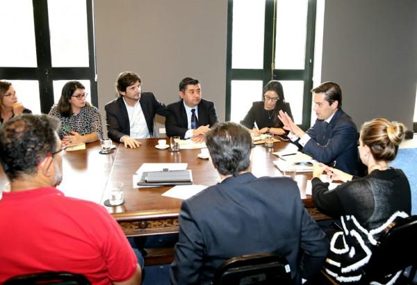 Deputado André do Prado e prefeitos do Condemat em reunião com o secretário de Estado da Agricultura e Abastecimento, Gustavo Junqueira