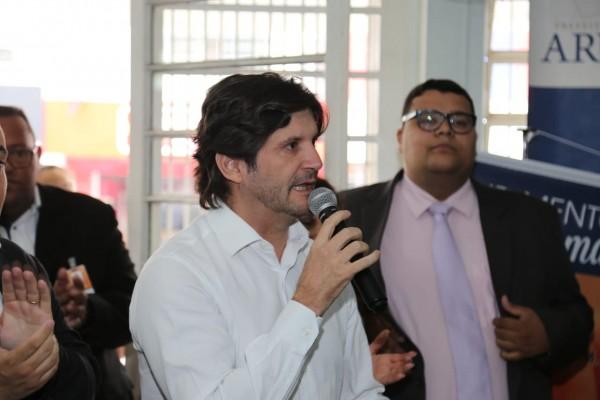O parlamentar acompanhou inaugurações de unidades de saúde em Arujá