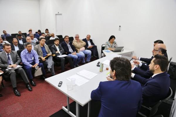 deputado estadual André do Prado e prefeitos do Alto Tietê estiveram com o secretário de Estado de Desenvolvimento Regional, Marco Vinholi.