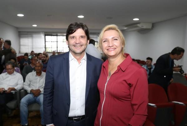 Deputado André do Prado prestigiou a posse da coronel Eliane Nikoluk municipal de Segurança e Defesa do Cidadão de Jacareí