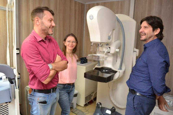 A unidade móvel de Mamografia em Guararema, foi implantada após recursos destinados pelo deputado André do Prado