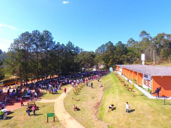 A inauguração da escola natureza em Guararema, contou com a presença do deputado André do Prado