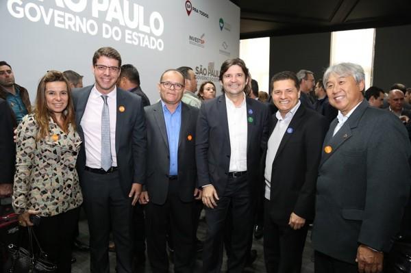 A assinatura do convênio ocorreu no Palácio dos Bandeirantes e contou com a presença do deputado André do Prado