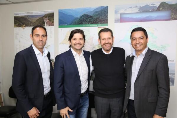 A reunião aconteceu na sede da Secretária de Infraestrutura e Meio Ambiente,
