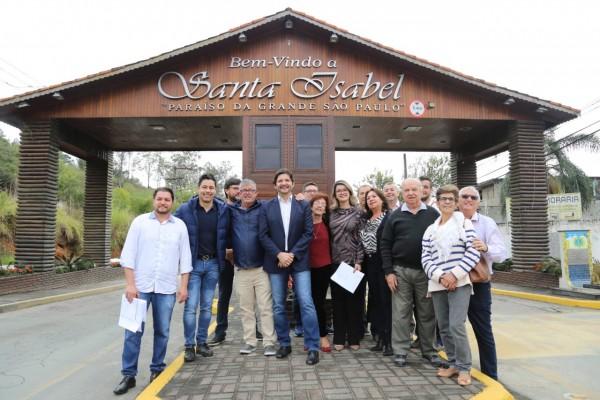 Os investimentos serão aplicados em pavimentação e na Santa Casa do município